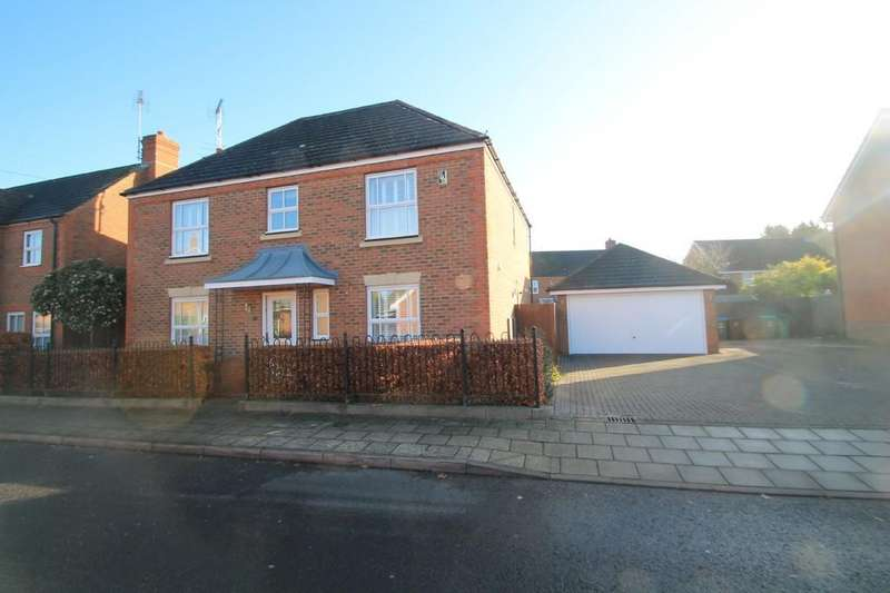 4 Bedrooms Detached House for sale in Fairford Leys Way, Aylesbury