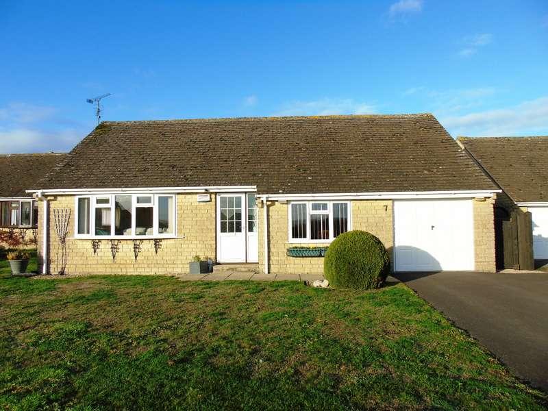 3 Bedrooms Detached Bungalow for sale in 7 Hambledon Close, Todber, Nr. Sturminster Newton, Dorset, DT10 1JD