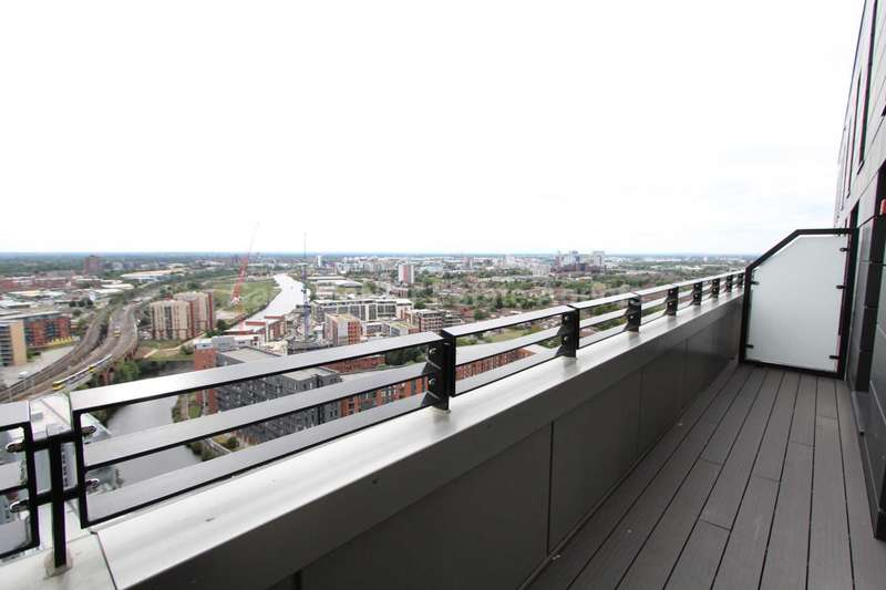 2 Bedrooms Apartment Flat for sale in One Regent, Regent Road, Manchester, M3 4BE