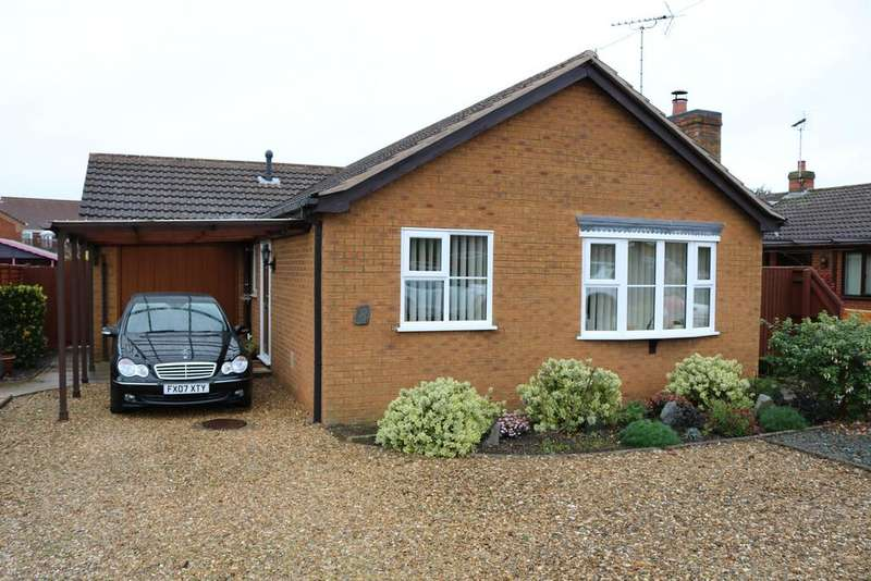 2 Bedrooms Detached Bungalow for sale in No.8 Eastgate, Fleet Hargate, Nr.Spalding, Lincolnshire PE12 8NA