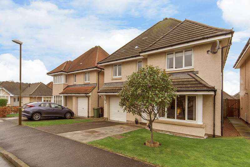 4 Bedrooms Detached House for sale in 29 Bothwell Gardens, Dunbar, EH42 1PZ