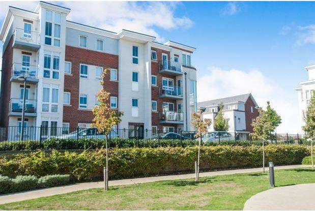 2 Bedrooms Apartment Flat for sale in Boulters Meadow, Maidenhead