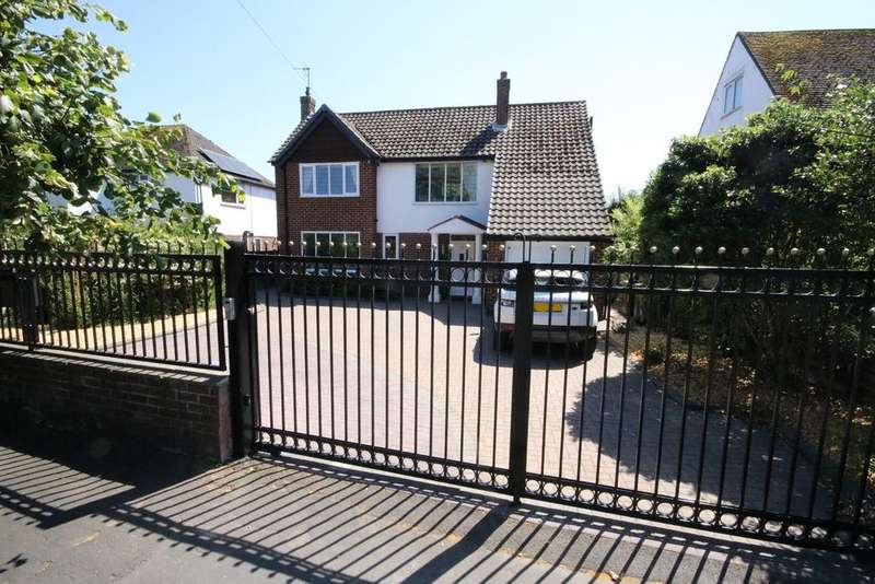 5 Bedrooms Detached House for sale in Kirklake Road, Formby, Liverpool L37