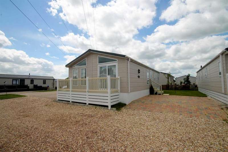 2 Bedrooms Park Home Mobile Home for sale in Tewkesbury Road, Norton
