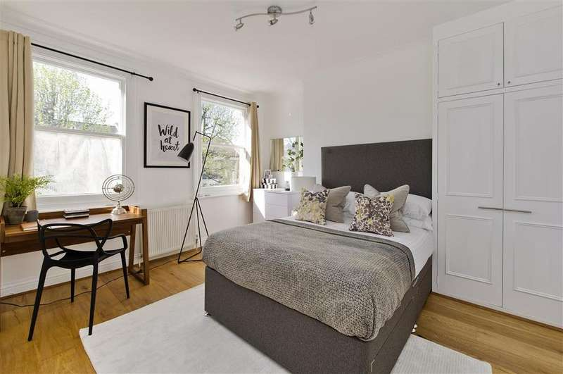 3 Bedrooms Flat for sale in Beauclerc Road, W6