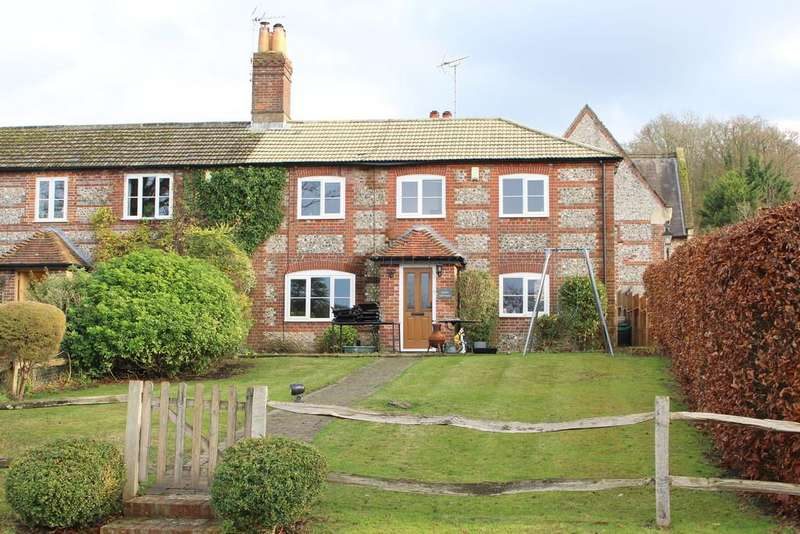 3 Bedrooms Cottage House for sale in Preshaw Estate, Near Winchester, Hampshire