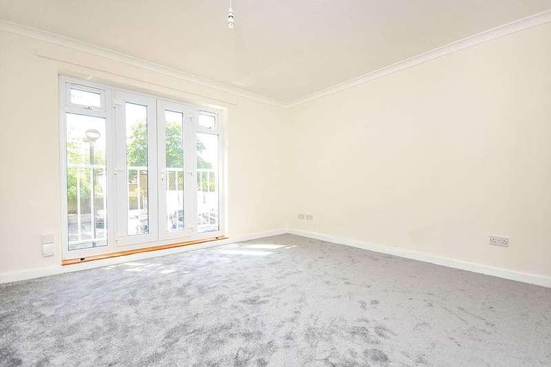 2 Bedrooms Flat for sale in Carnac Street, London, SE27