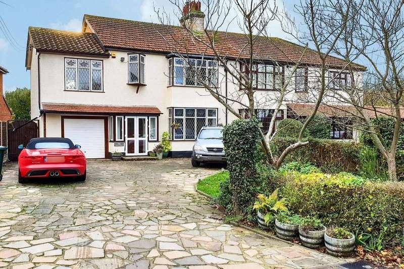 4 Bedrooms Semi Detached House for sale in Rebels Lane, Barling, Wakering