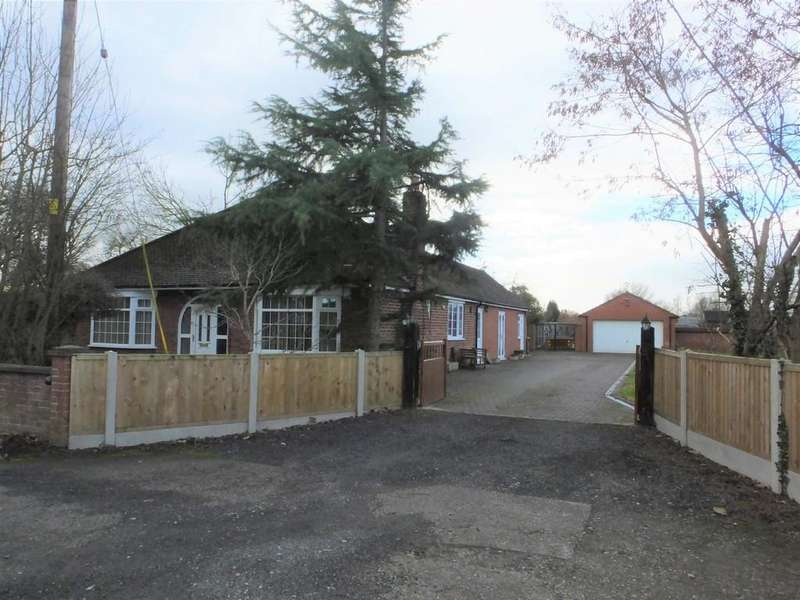 4 Bedrooms Detached Bungalow for sale in Warmingham Road, Coppenhall
