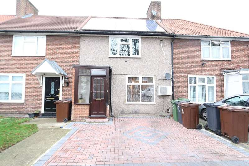 3 Bedrooms Terraced House for sale in Becontree Avenue, Romford, Essex, RM8 3HL