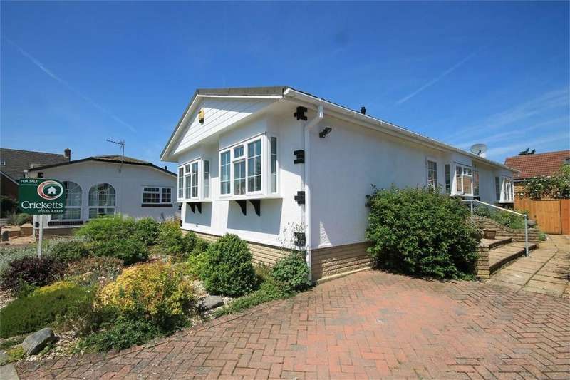 2 Bedrooms Park Home Mobile Home for sale in Haysoms Drive, Thatcham, RG19