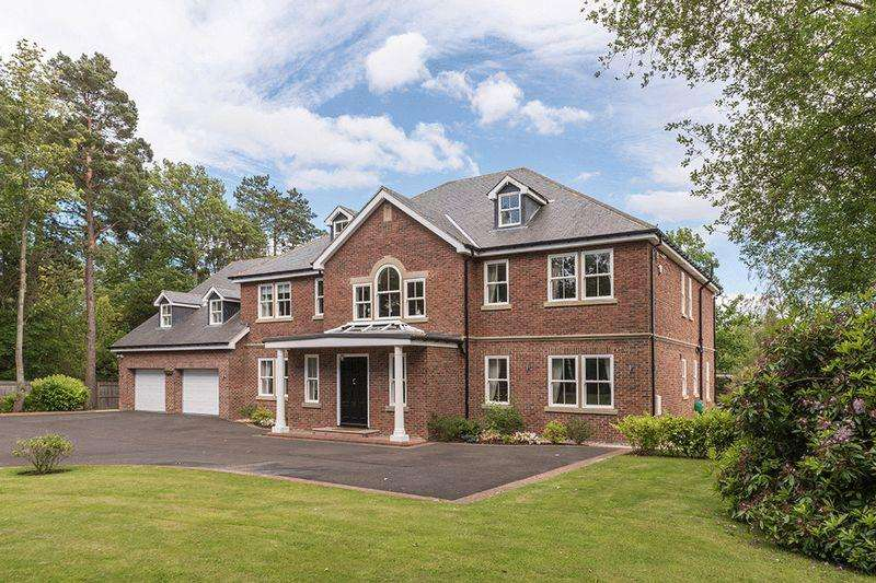 5 Bedrooms Detached House for sale in Tranwell Woods, Morpeth