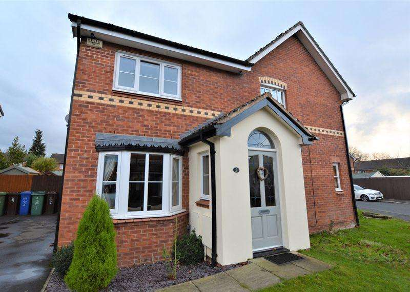3 Bedrooms Semi Detached House for sale in Hilton Road, Manchester