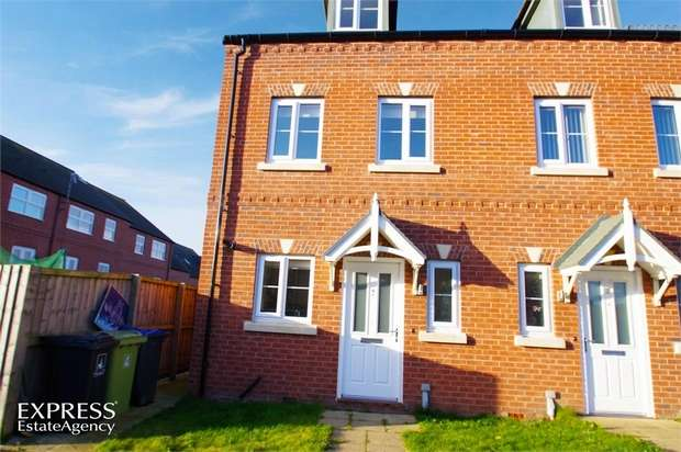 3 Bedrooms Town House for sale in Nickersons Walk, Caistor, Market Rasen, Lincolnshire
