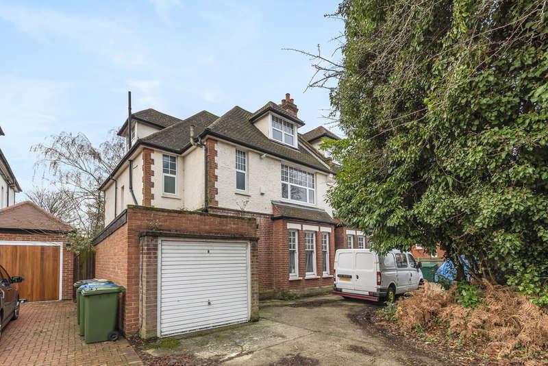 6 Bedrooms Semi Detached House for sale in West Park, London SE9 4RQ