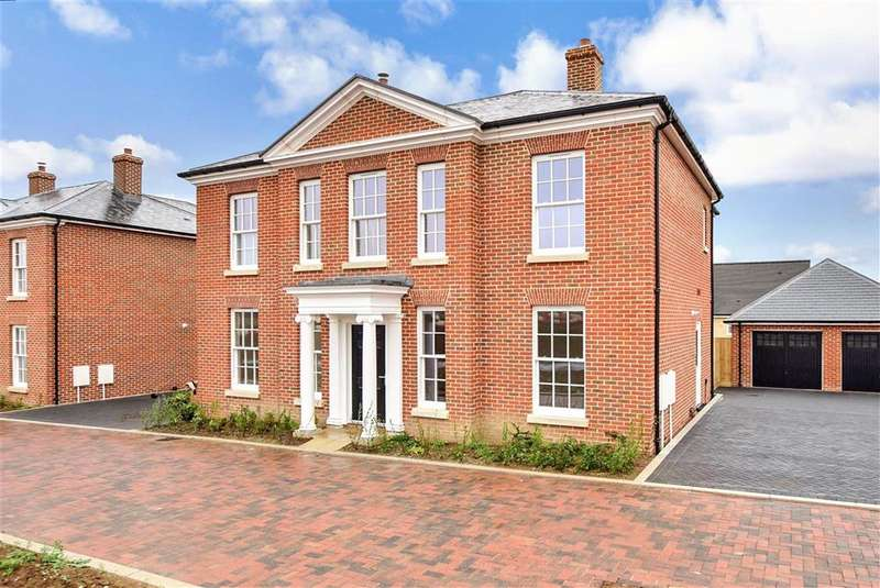 5 Bedrooms Detached House for sale in Hobby Drive, , Whitfield, Dover, Kent