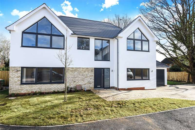 4 Bedrooms Detached House for sale in Trinity Place, Bracknell, Berkshire, RG12