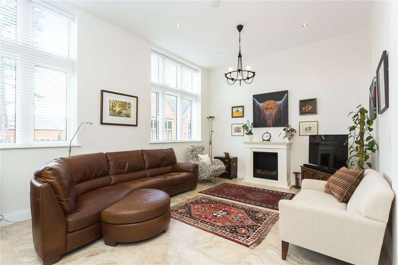 3 Bedrooms Terraced House for sale in Devonshire House, Marlborough Drive, Bushey, WD23