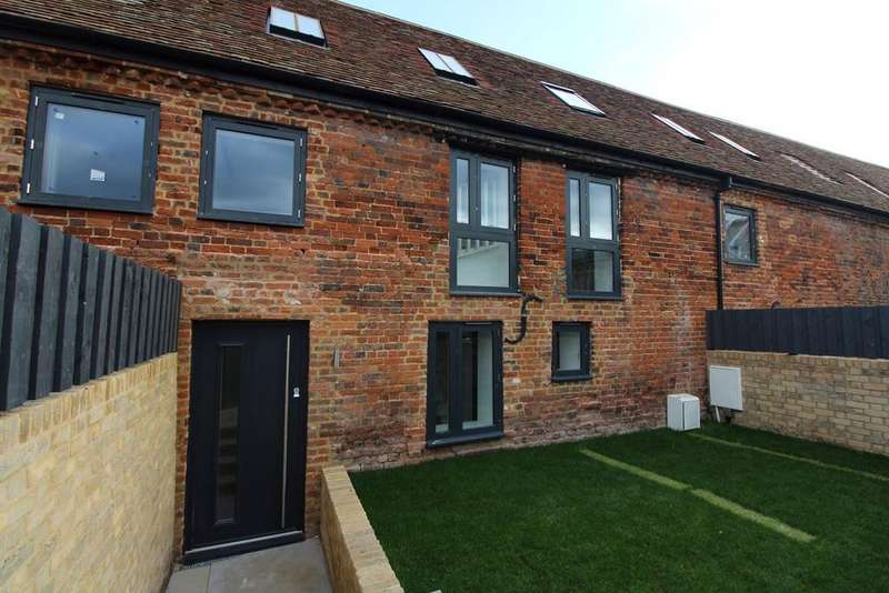 2 Bedrooms House for sale in The Old Maltings, Church Street, Biggleswade , SG18