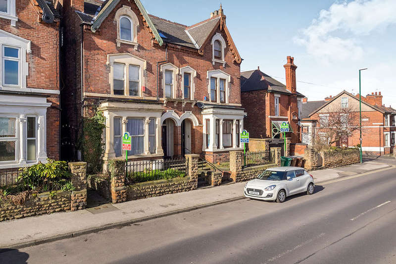 6 Bedrooms Semi Detached House for sale in Sneinton Dale, Nottingham, NG2