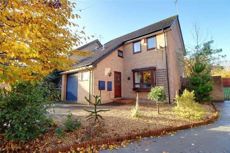4 Bedrooms Detached House for sale in Hutton Close, Earley, Reading, Berkshire, RG6
