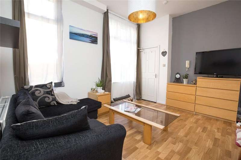 2 Bedrooms Apartment Flat for sale in Halsbury Road, Westbury Park, Bristol, BS6
