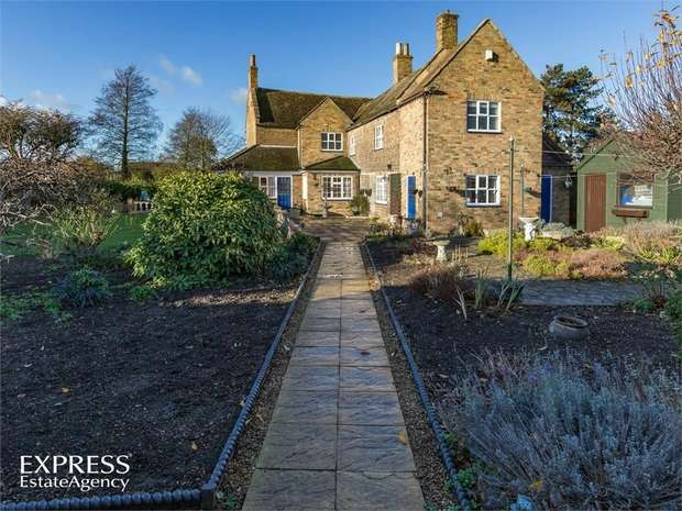 4 Bedrooms Detached House for sale in Church Street, Whittlesey, Peterborough, Cambridgeshire