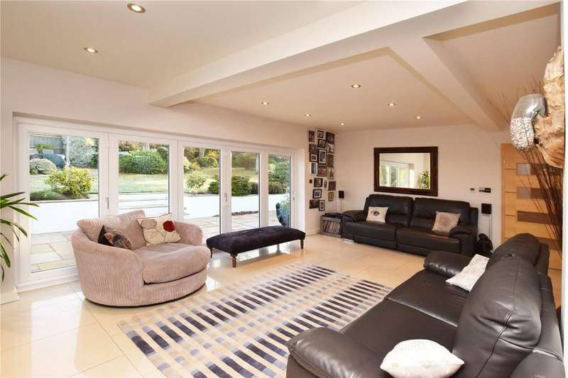 2 Bedrooms Detached Bungalow for sale in Achilles Close, Hemel Hempstead, Hertfordshire, HP2