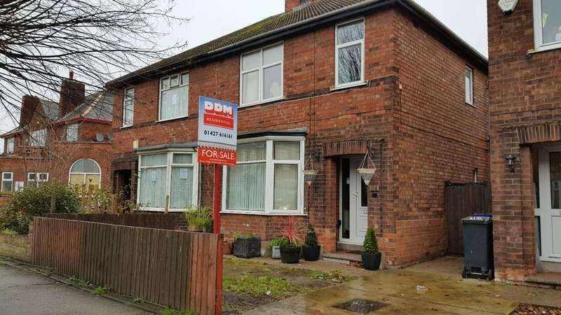 3 Bedrooms Semi Detached House for sale in Ropery Road, Gainsborough, Lincolnshire, DN21