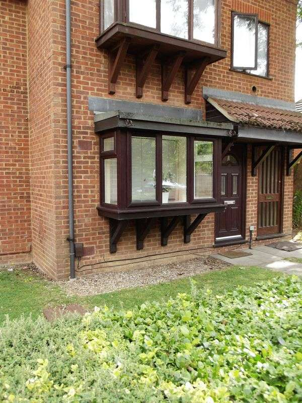 1 Bedroom Property for sale in Mountbatten Close, Slough