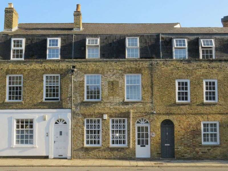 1 Bedroom Property for sale in Victoria Street, Windsor