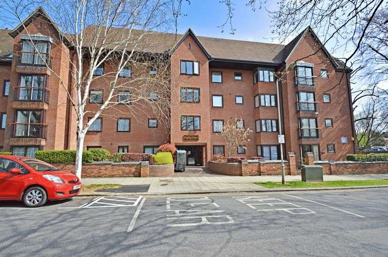 1 Bedroom Property for sale in Aspley Court, Bedford, MK40 2UH