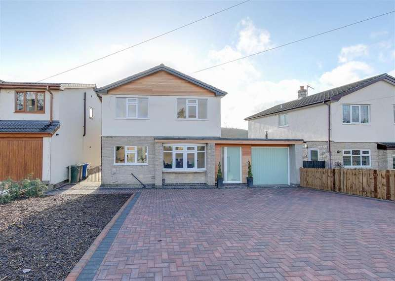 4 Bedrooms Detached House for sale in Newchurch Road, Higher Cloughfold, Rossendale