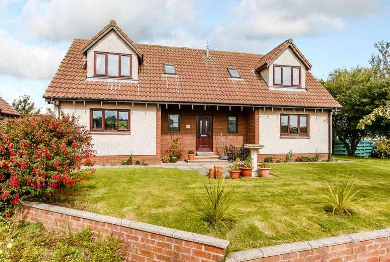 5 Bedrooms Detached House for sale in 1 The Orchard, Cockburnspath, TD13 5YG