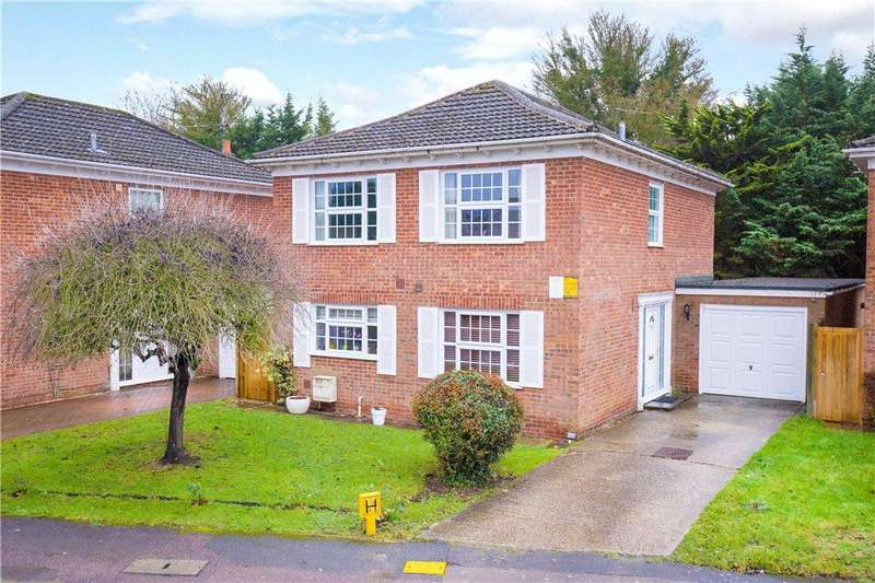 4 Bedrooms Detached House for sale in Williams Way, Longwick, Princes Risborough, Buckinghamshire