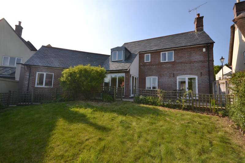 4 Bedrooms Detached House for sale in Magiston Street, Stratton, Dorchester