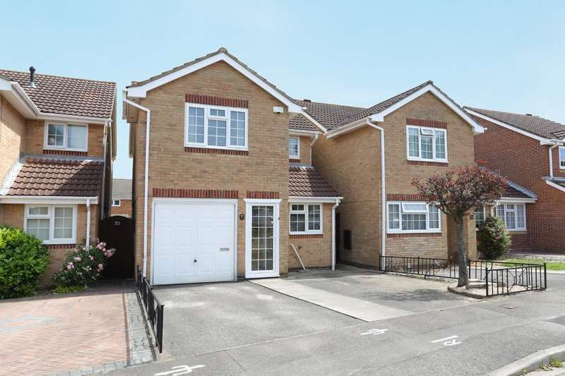 3 Bedrooms Detached House for sale in Briarwood, Fareham