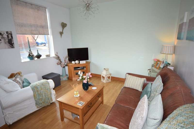 2 Bedrooms Terraced House for sale in Athol Street, Barrow-in-Furness
