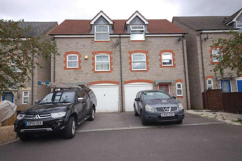 3 Bedrooms Semi Detached House for sale in Barter Close, Kingswood, Bristol, BS15 8JN