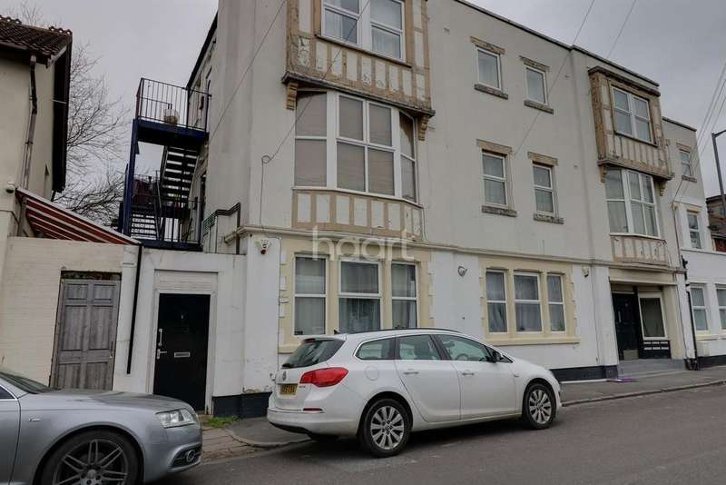 1 Bedroom Flat for sale in Portview Road, Avonmouth, BS11