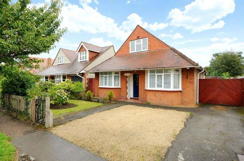3 Bedrooms Detached House for sale in Orchard Avenue, Windsor, Berkshire, SL4