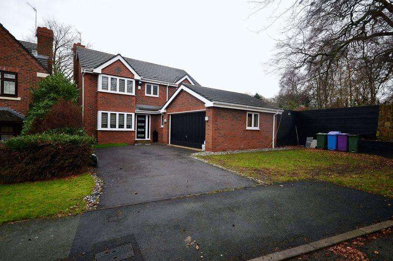4 Bedrooms Detached House for sale in Dowsefield Lane, Calderstones
