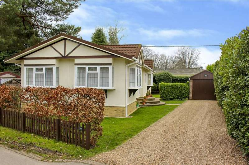 2 Bedrooms House for sale in The Larches, Warfield Park, Bracknell, Berkshire, RG42