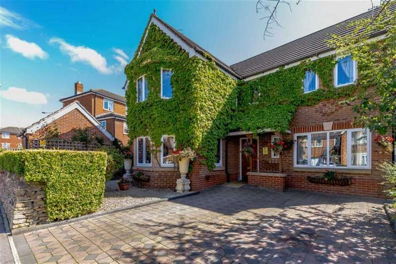 4 Bedrooms Detached House for sale in Taw Hill, Swindon