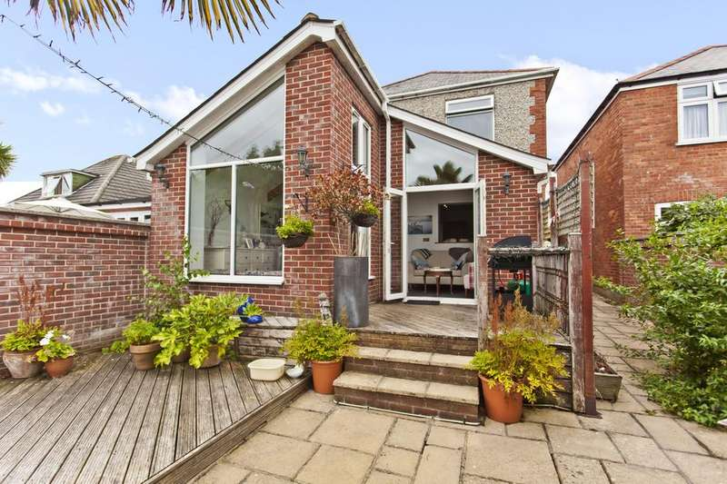4 Bedrooms Detached House for sale in Irving Road, Southbourne, Bournemouth BH6