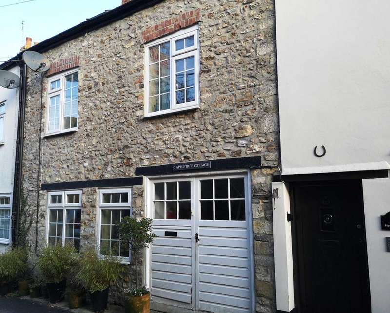 4 Bedrooms Terraced House for sale in Lower Church Street, Colyton, Devon