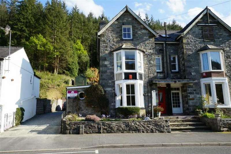 6 Bedrooms Semi Detached House for sale in Holyhead Road, Betws Y Coed, Conwy