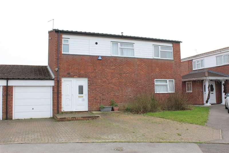4 Bedrooms Detached House for sale in Plowman Close, Greenleys, Milton Keynes