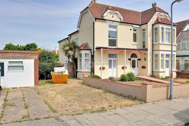 11 Bedrooms Detached House for sale in Church Road