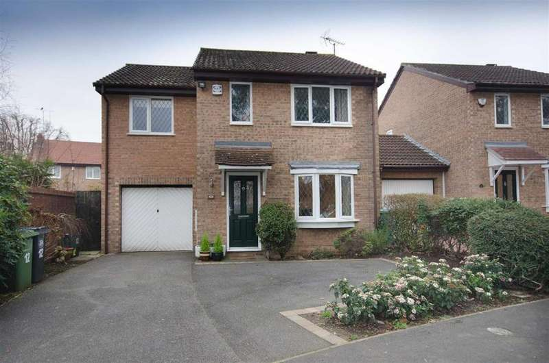 3 Bedrooms Detached House for sale in Sidelands Road, Downend, Bristol, BS16 2TS